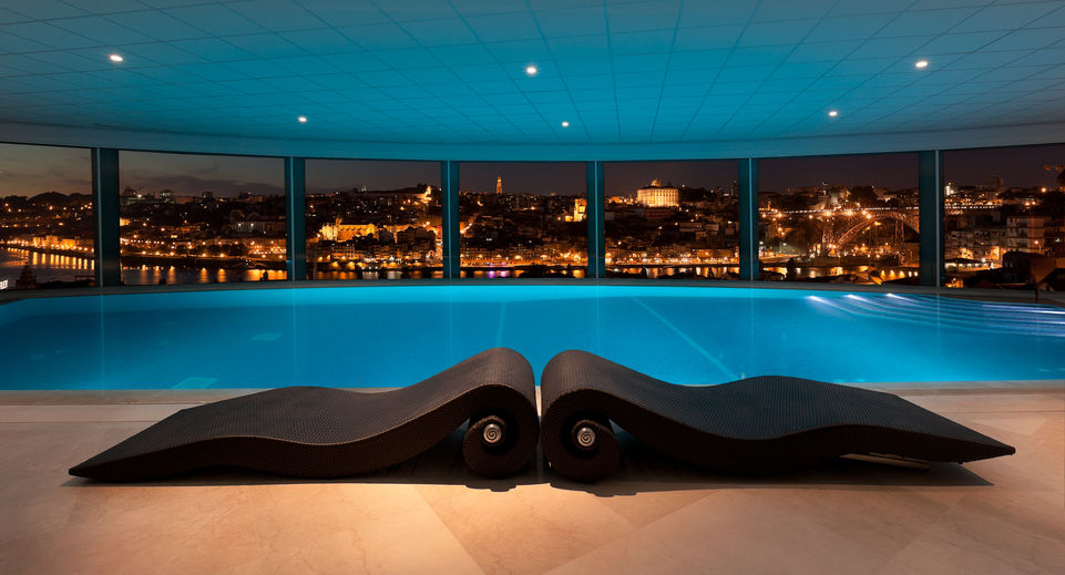 Panoramic indoor pool, The Yeatman, Porto