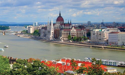 Parliament on the banks of the Danube, Budapest
