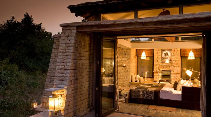 Luxury Stone Cottage, Pashan Garh