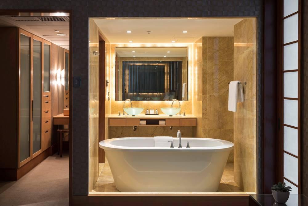 Penthouse Bathroom, Amora Hotel, Jamison Sydney