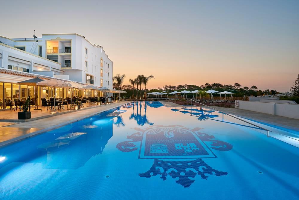 Pool, Dona Filipa