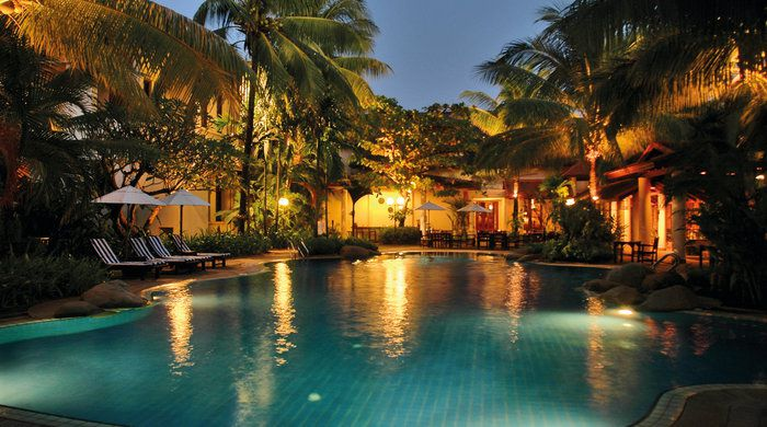 Pool, Settha Palace, Vientiane