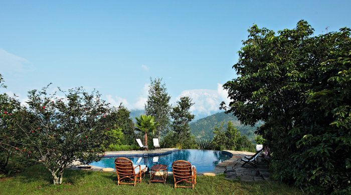 Pool View, Tiger Mountain Pokhara Lodge