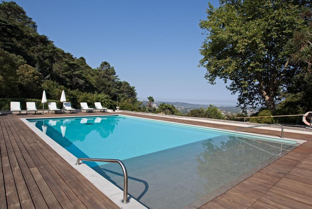 Pool with valley view, Tivoli Palácio de Seteais, Sintra