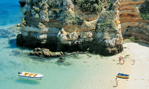 Praia do Camilo Lagos, Algarve (Credit: John Copland)