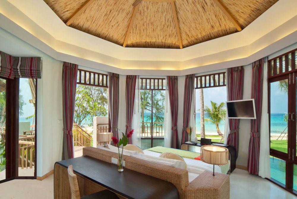 Presidential Pool Villa Bedroom, Cham's House
