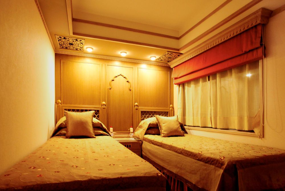 Presidential Suite Bedroom, Maharajas' Express