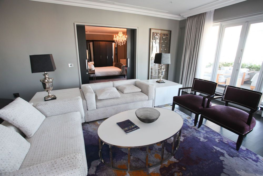 Presidential Suite, Queen Victoria Hotel
