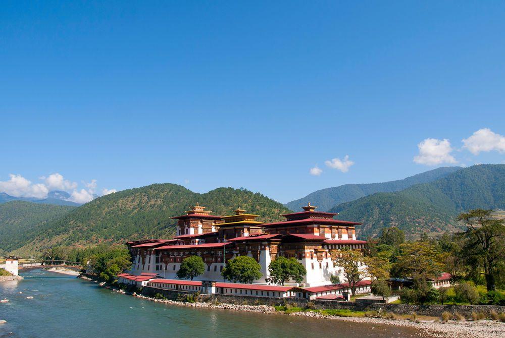 Punakha Dzong and the Mo Chhu river in Bhutan