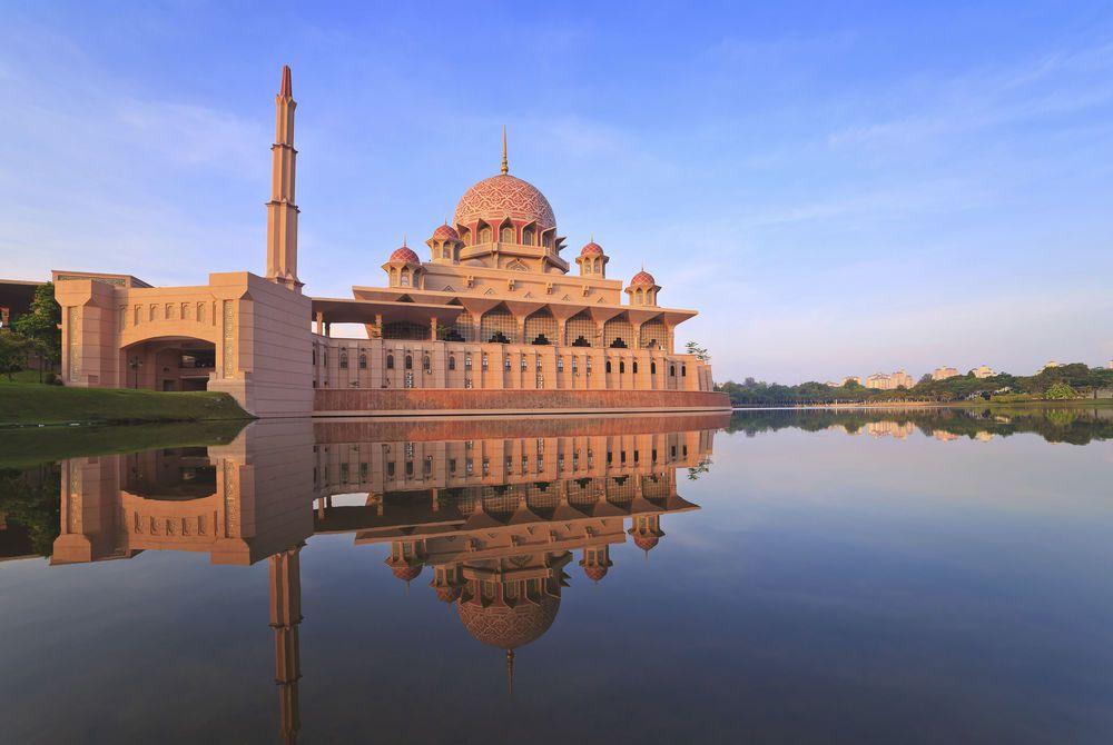 Putra Mosque, Kuala Lumpur