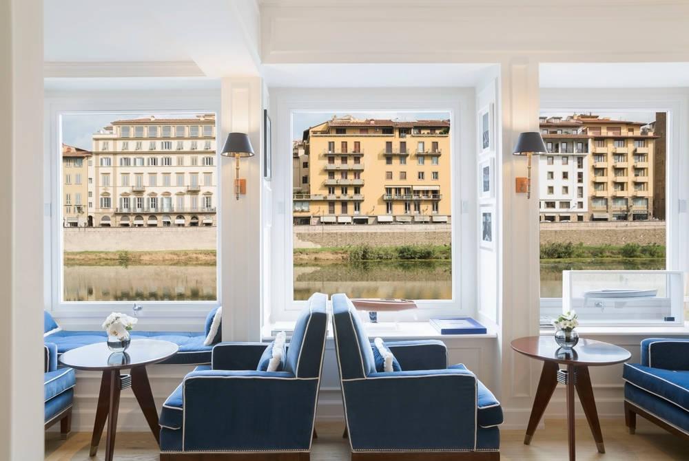 Reception, Hotel Lungarno