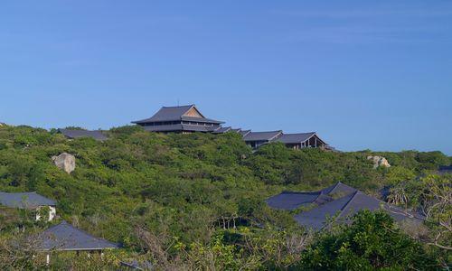 RS801_Amanoi - Arrival Pavilion (top)