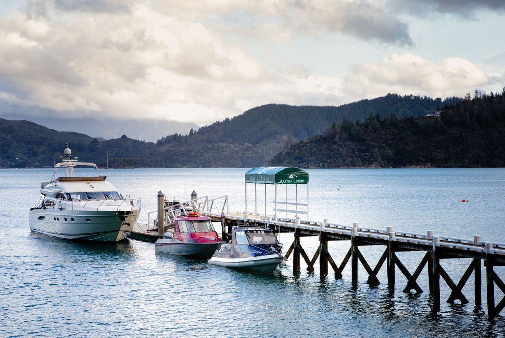 Raetihi Lodge boat mooring and jetty, New Zealand