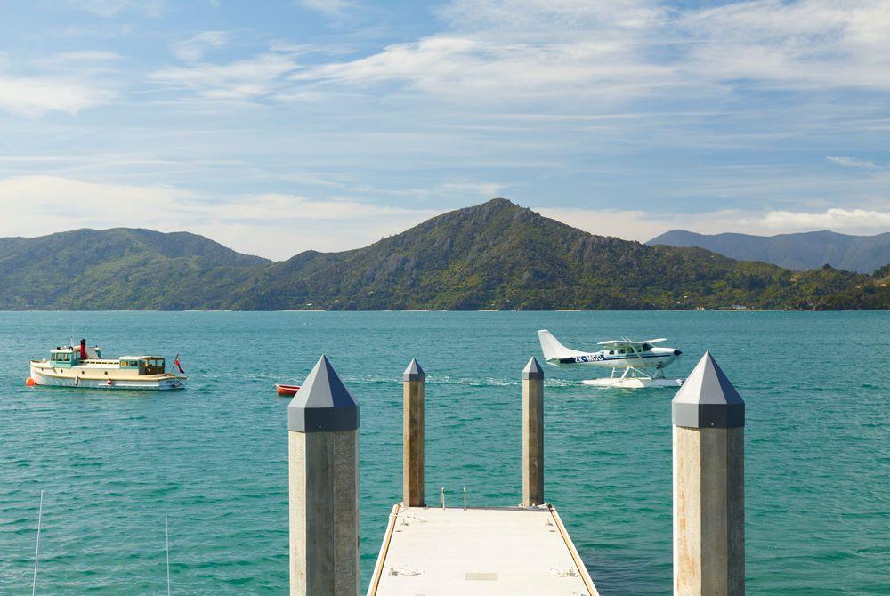 Raetihi Lodge floating jetty mooring, New Zealand