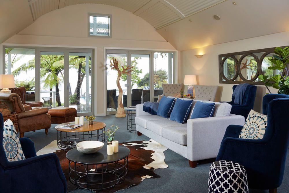 Raetihi Lodge guest lounge, New Zealand