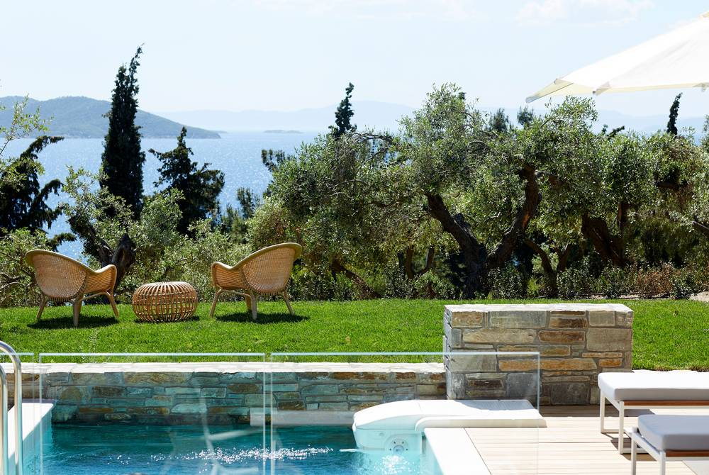 Private garden, Residential Pool Villa, Eagles Villas, Halkidiki