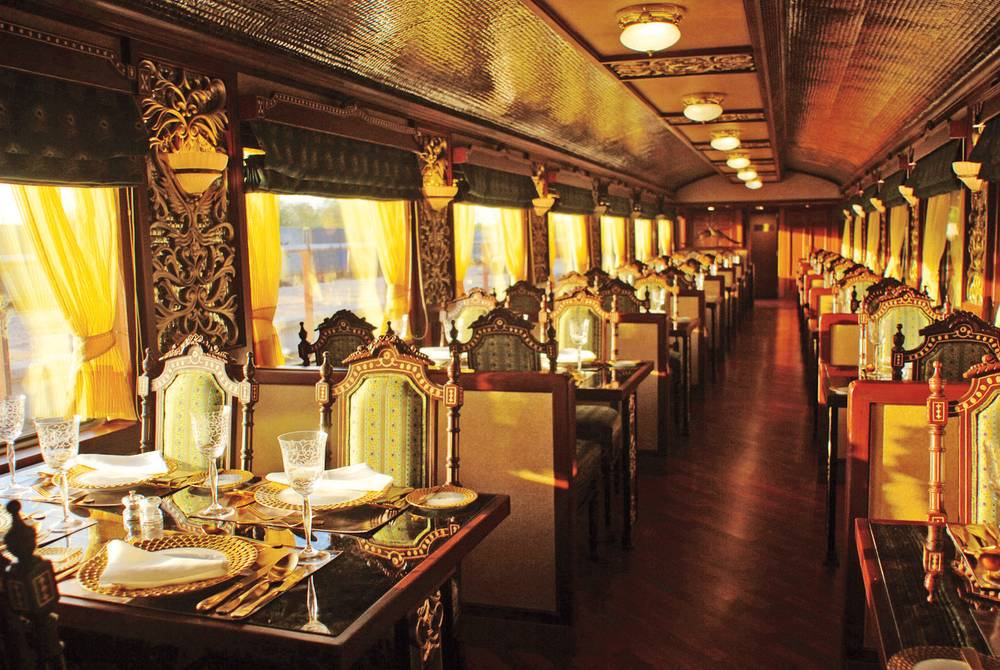 Restaurant, Deccan Odyssey