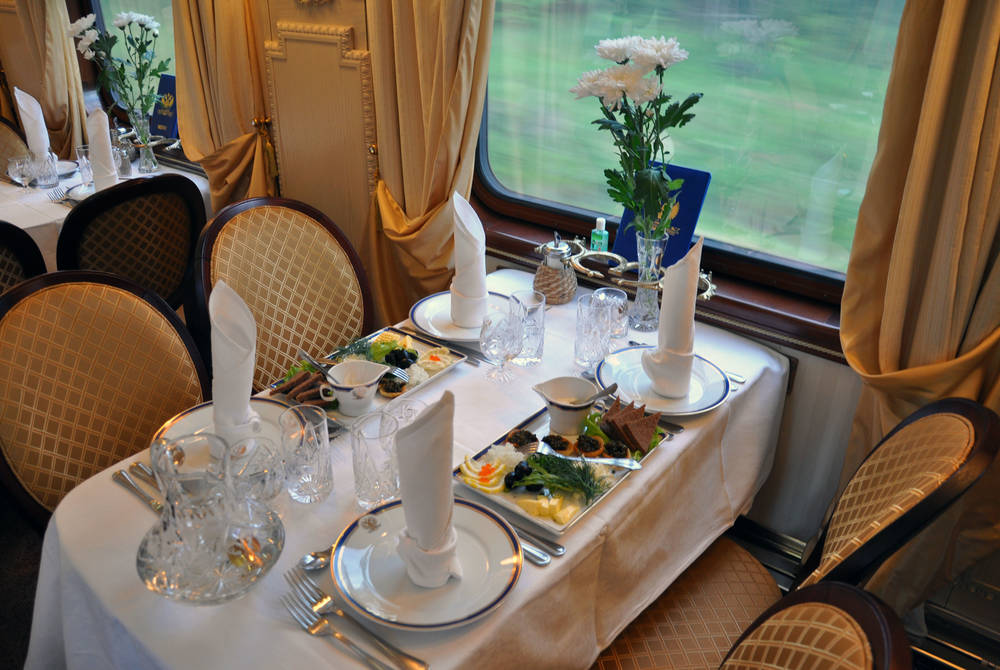 Restaurant car, Golden Eagle