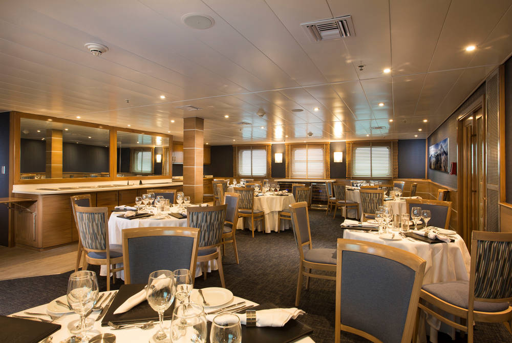 Restaurant, Isabela II Yacht, Galapagos