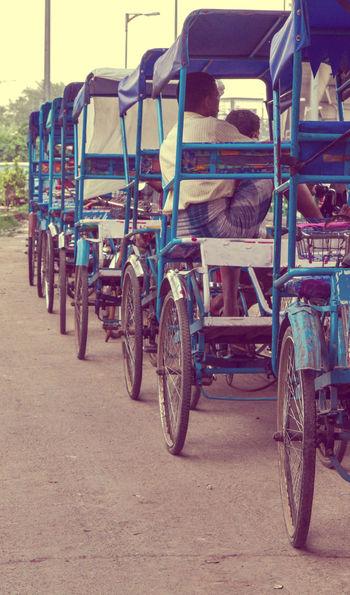 Cycle rickshaws lined up in New Delhi