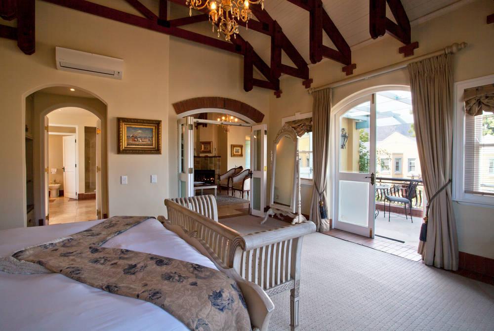 Villa Suite Bedroom, Franschhoek Country House