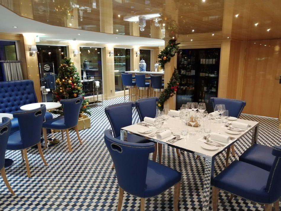 Maxs Restaurant, SS Beatrice, Uniworld Boutique River Cruises