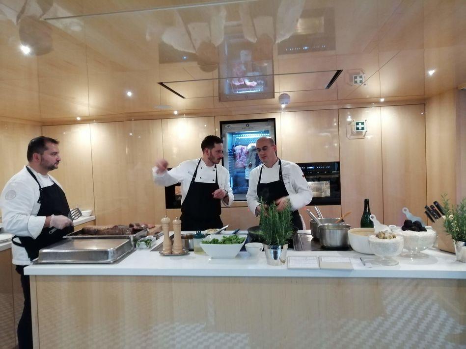 Chefs Kitchen, Maxs Restaurant, SS Beatrice