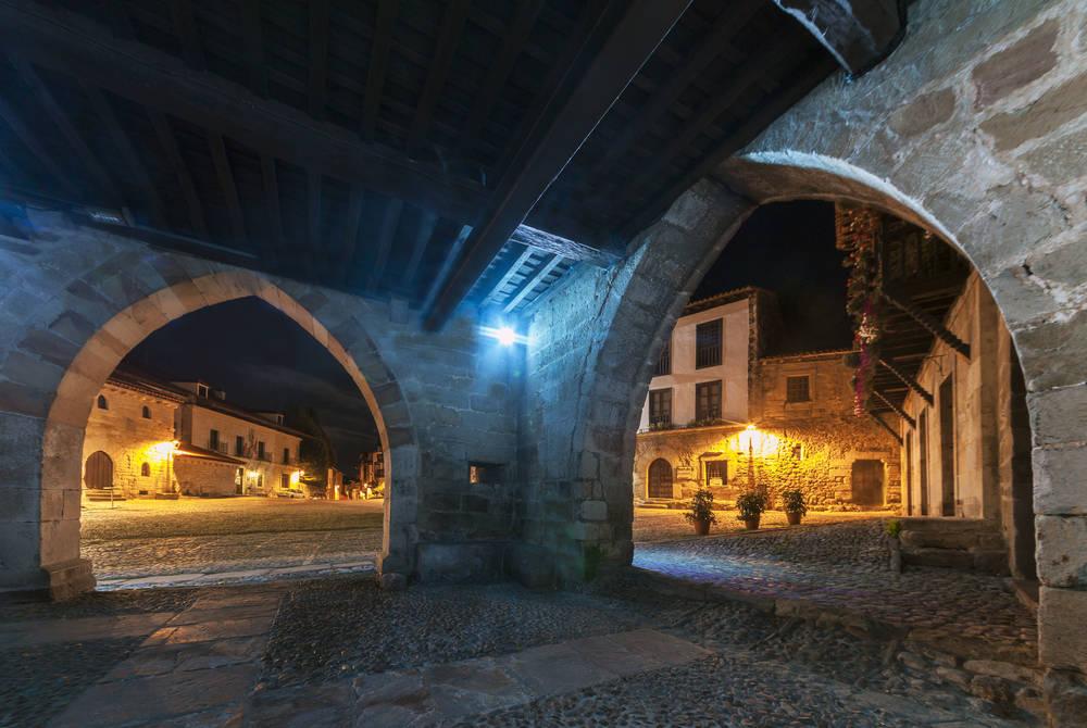 Santillana Del Mar at night, Santander
