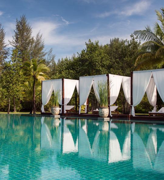 Poolside cabanas, Sarojin, Khao Lak