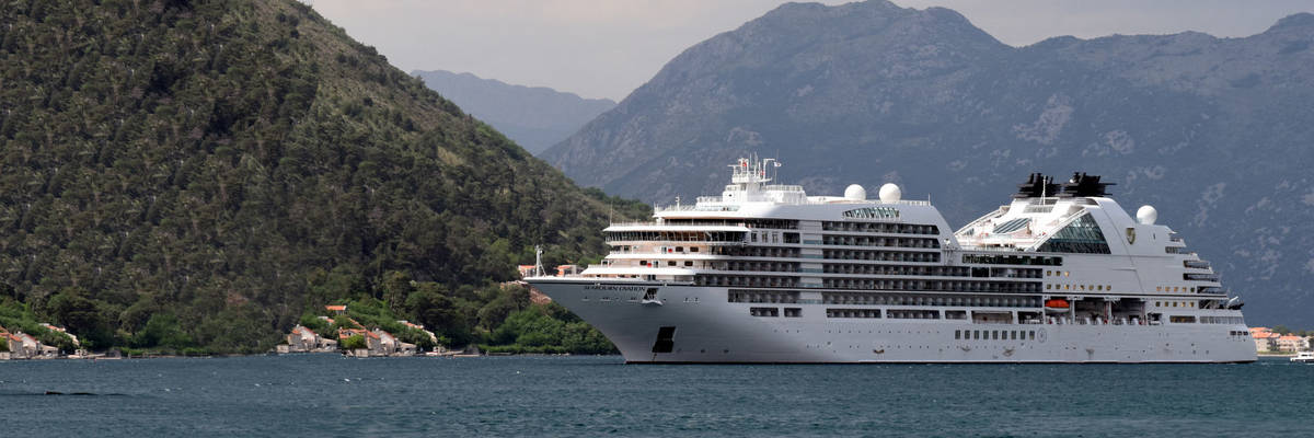Seabourn Ovation - First look at this new luxury cruise ship