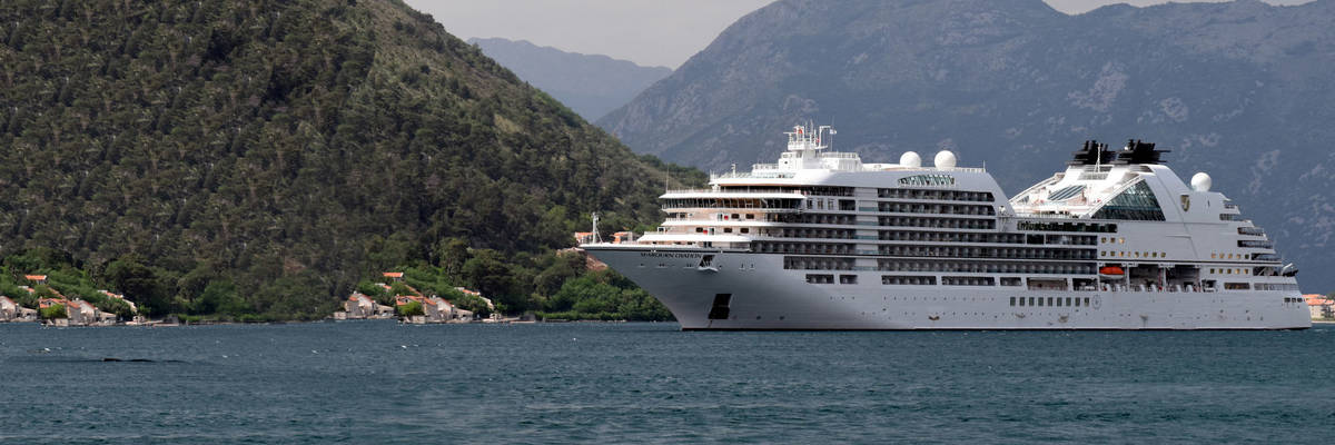 Seabourn Ovation Is Christened
