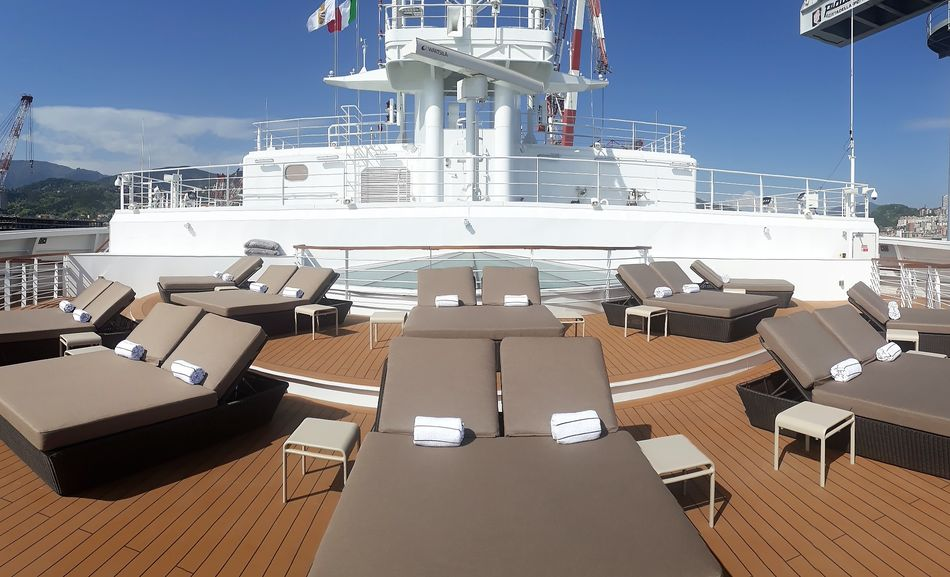 Sun Terrace on Seabourn Ovation