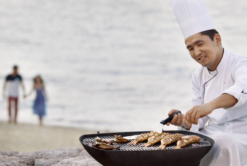 Seafood BBQ, Anantara Desert Islands Resort & Spa