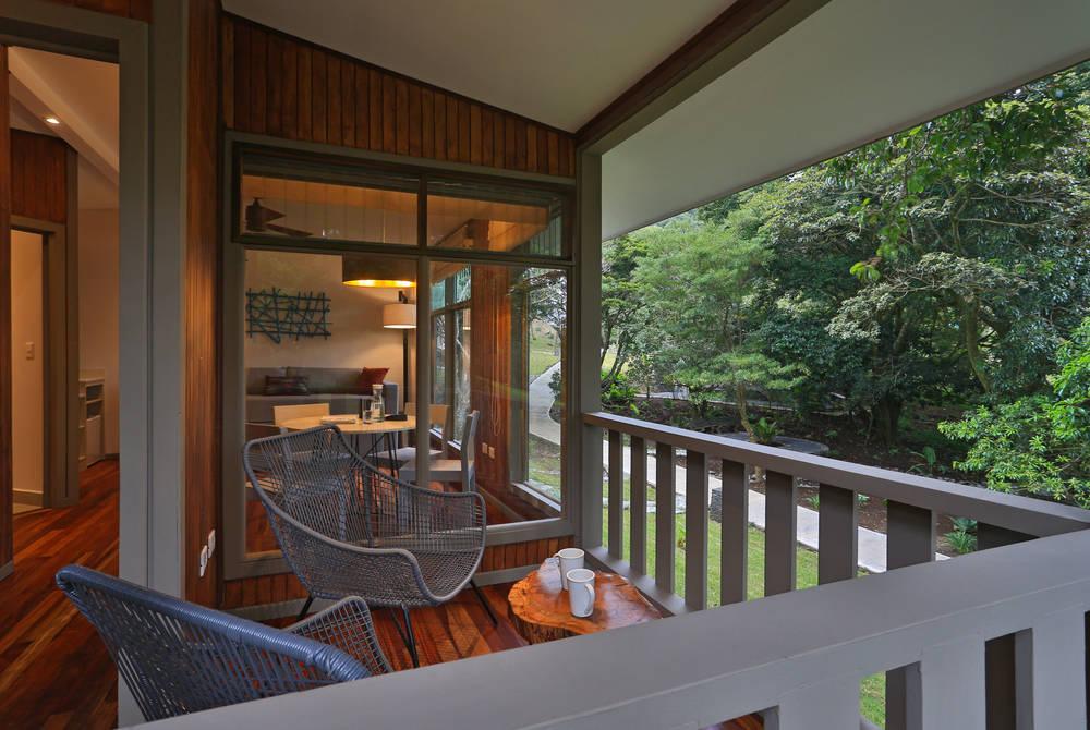 Terrace, Senda Monteverde, Costa Rica