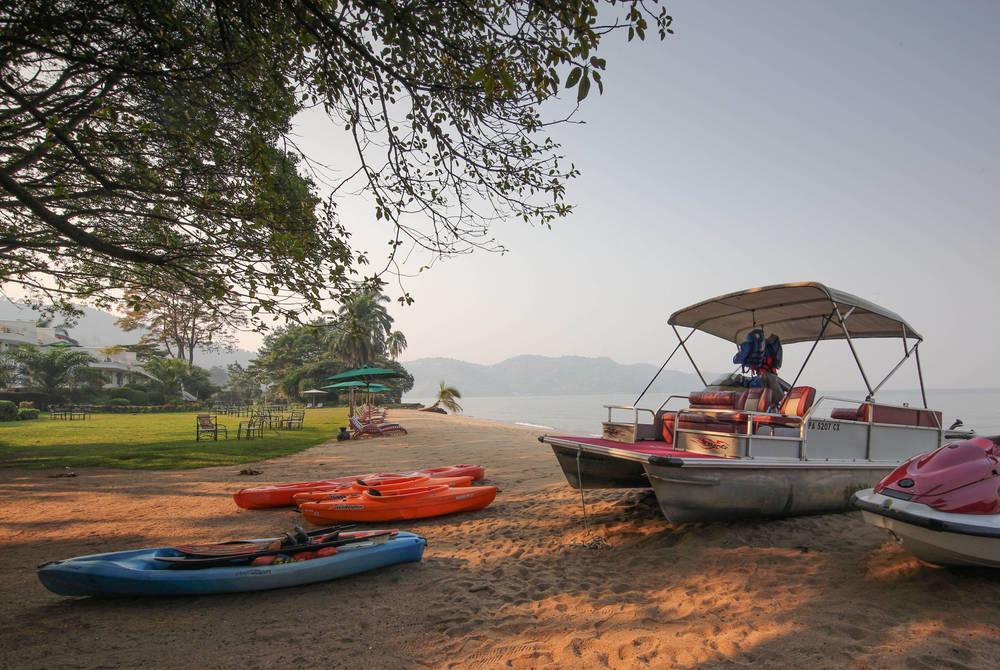 Serena Lake Kivu