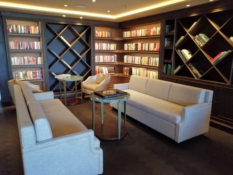 Seven Seas Splendor Library