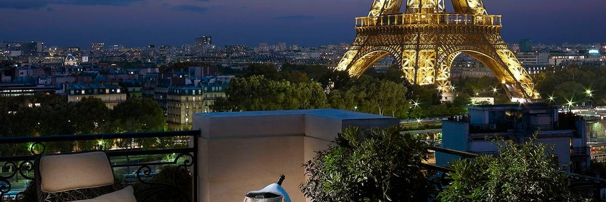 Shangri-La, Paris