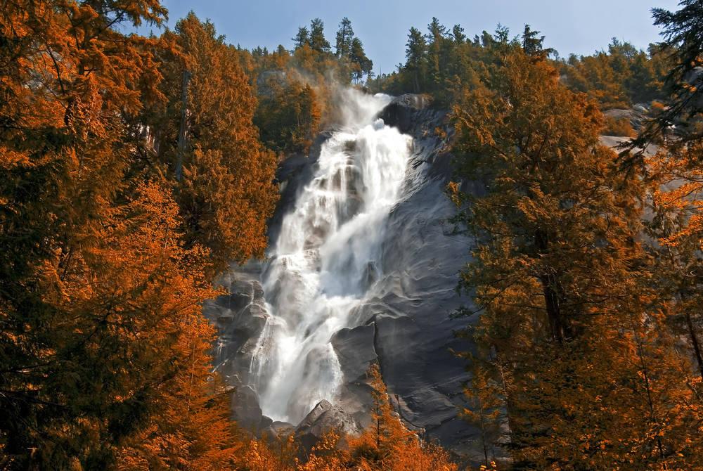 Shannon Falls, Whistler, Canada