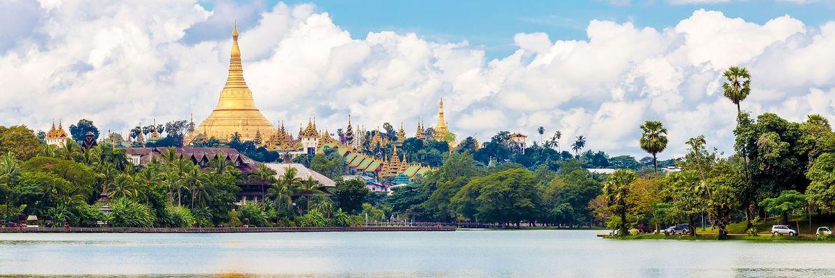 Shwedagon in Yangon, Myanmar