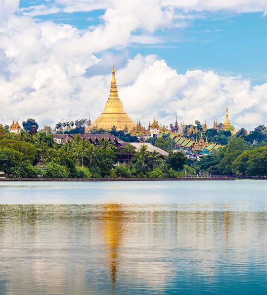 Shwedagon in Yangon, Myanmar, Burma, Asia