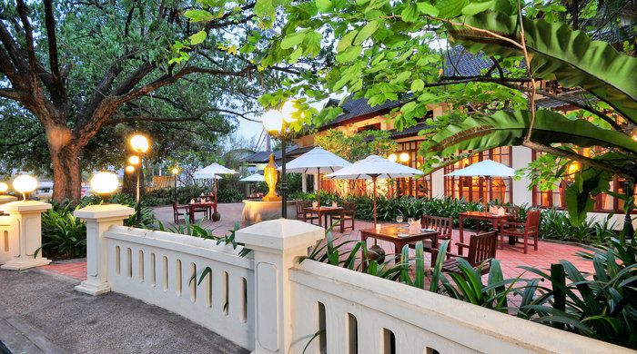 Side Walk Cafe, Settha Palace, Vientiane