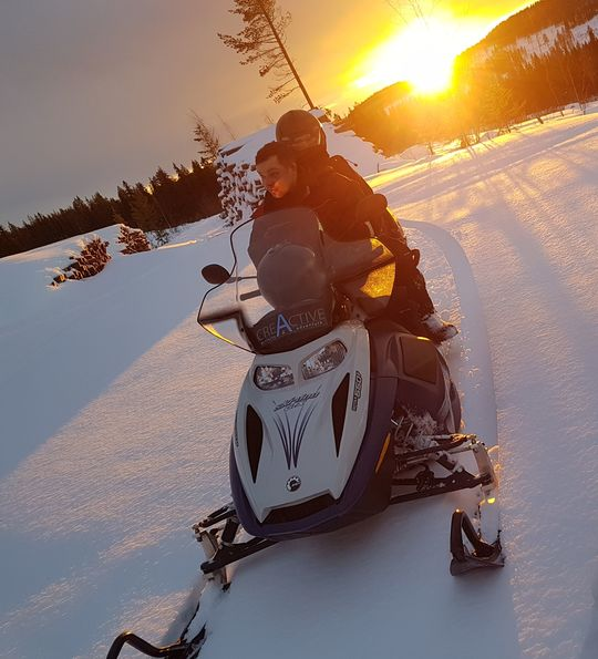 Snowmobiling, Arctic Retreat