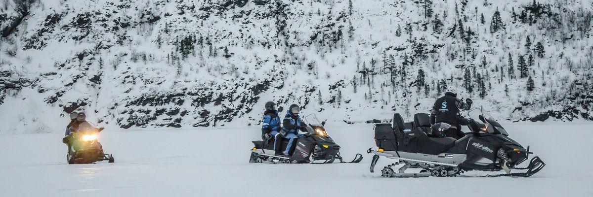 Snowmobiling, Kirkenes Snowhotel