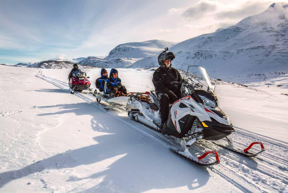 Snowmobiling at Arctic Panorama Lodge
