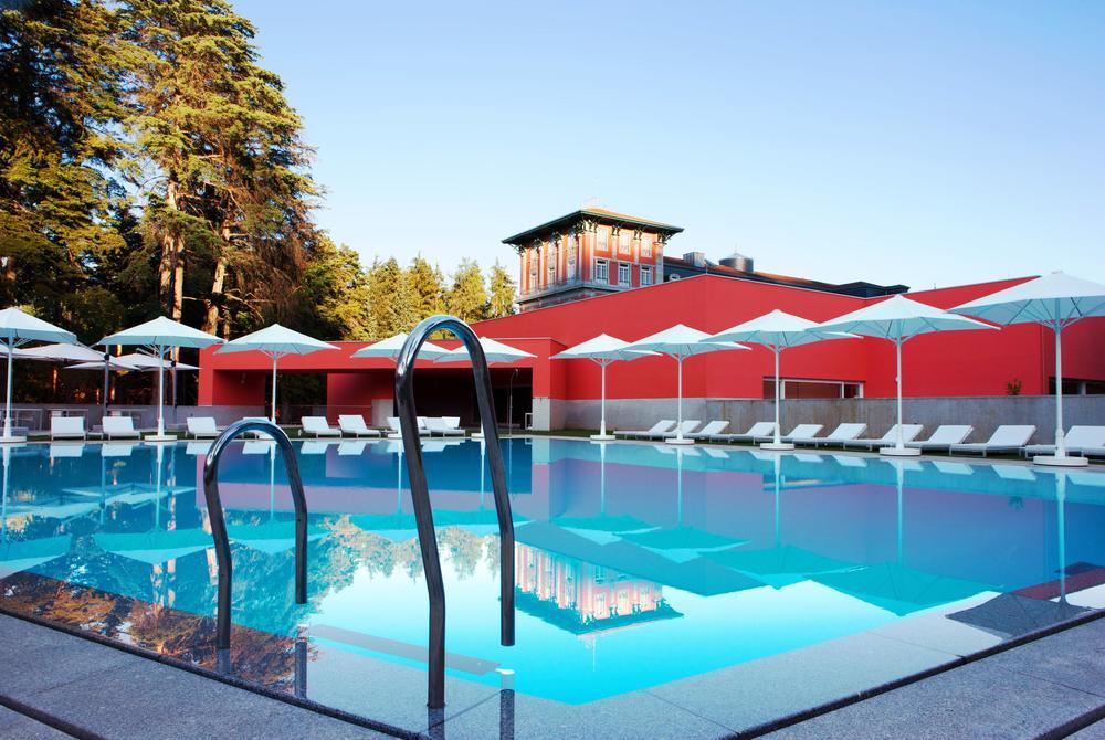 Spa outdoor swimming pool, Vidago Palace