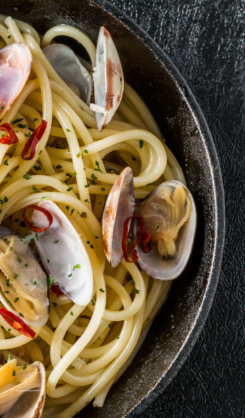 Seafood spaghetti vongole with short-necked clams