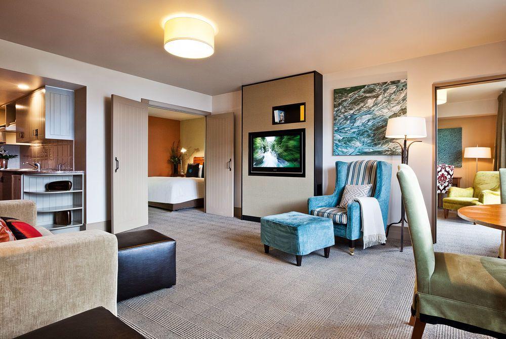 St Moritz Queenstown lakeview alpine bedroom, New Zealand