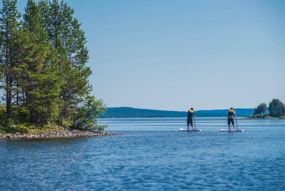 Stand-up paddling excursion (© Markus Alatalo)
