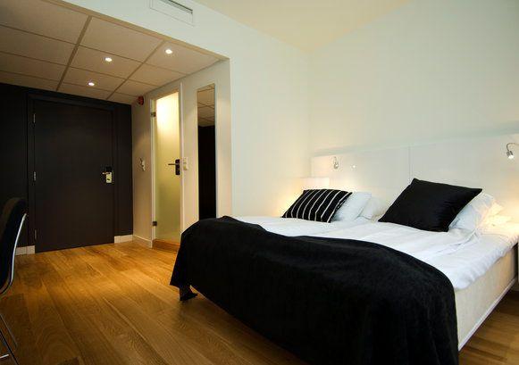 Standard Room Double, Hotel Bristol Bergen, Norway