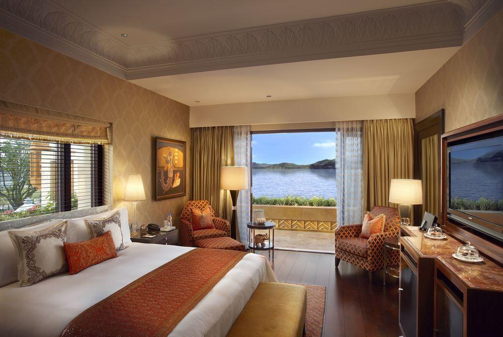 Suite Bedroom, The Leela Palace Udaipur